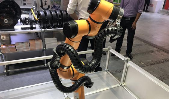 工业机器人控制与感知系统的运作方式