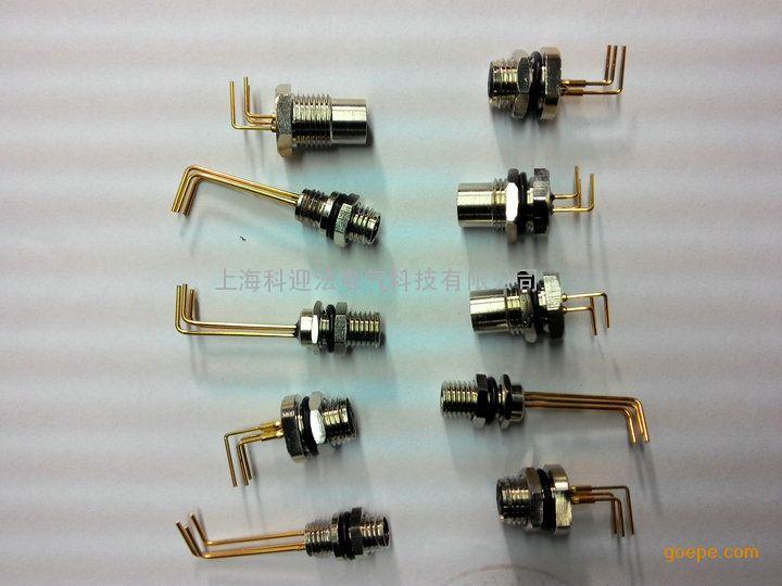 焊线式M8法兰插座常规芯数:3针3孔、4针4孔、5针5孔、6针6孔 产品名称:M8型传感器防水插座,自带电缆,针型孔型,安装螺纹与方式任选,带电缆长度任选。  防护等级:IP67 接触件材料:铜合金  材料接触表面:NIAU   接触件载体材料:AU  夹具本体材料:PVC/PA66 螺圈材料:铜合金  密封材料:丁晴橡胶 产品认证:CE、ROHS、ISO9001各种认证 安装螺纹:M8*0.5、M8*1、M10、M12、PG7 科迎法焊线式M8法兰插座镀层有助于提高电气性能  电气性能的优化可从如下方面考虑,即对已经存在和即将形成的位于接触镀层表面薄膜的控制。电连接器电气性能的一个主要需求是建立和维持稳定的连接器阻抗。为达到这个目的,需要一个金属接触界面以提供这样的固有稳定性。建立这样的接触界面需要表面薄膜能在接触配合的时候避开或分裂。这两种不同的选择明确了贵金属或稀有金属和普通金属之间的区别。  厂家简介 科迎法公司坚持创新、创新、再创新的思路,坚持
